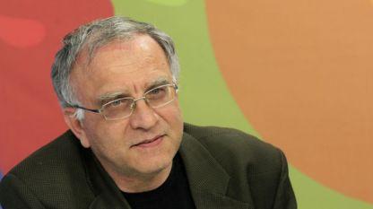 Τσβετοζάρ Τόμοφ
