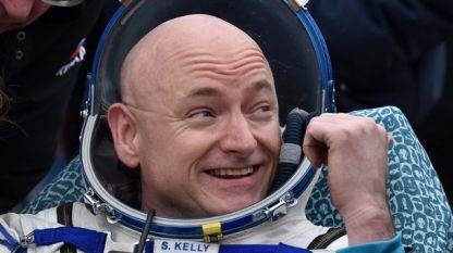 Астронавтът Скот Кели тази седмица навършва 55 години.