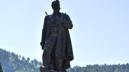Паметникът на Гоце Делчев в Благоевград
