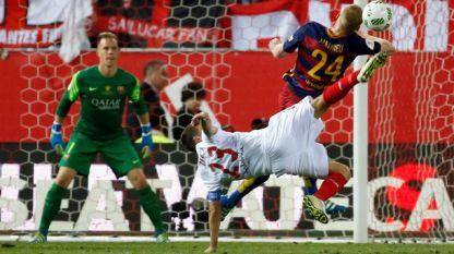 Барселона и Севиля (в бяло) ще определят единия финалист.