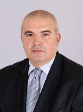 Маноил Манов