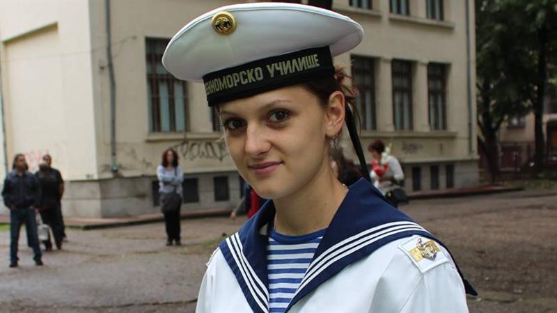 Курсант Миролюба Фиркова от Висшето военноморско училище във Варна