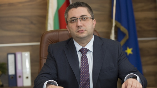 Министр Нанков