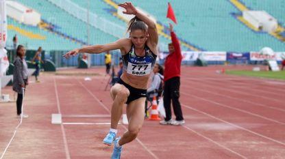 Габриела Петрова спечели в първия си старт на открито за сезона.