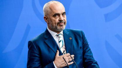 Премиерът на Албания Еди Рама съобщи, че е приел оставката на вътрешния министър.