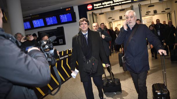 Бившият лидер на Каталуния Карлес Пучдемон е пристигнал в Копенхаген