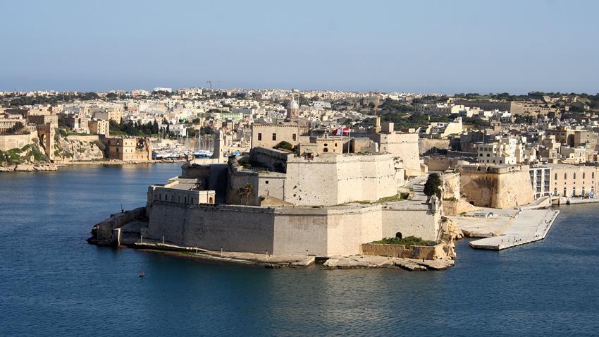 При тази крепост в малтийския град Биргу, Сюлейман Великолепни е победен от рицарите.