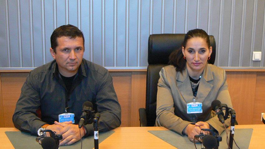 Адвокат Васил Попов и Янка Делчева в студиото на предаването.