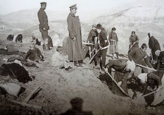 Жители на Серес в помощ на българските войски, 1916 г.