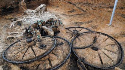 Уникалните находки в Караново са заплашени от бавна разруха заради липсата на грижа от страна на държавата и общината.