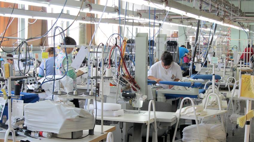 Die Indexierung der Löhne und Gehälter müsse an die Produktivität gekoppelt werden, so die Arbeitgeber.