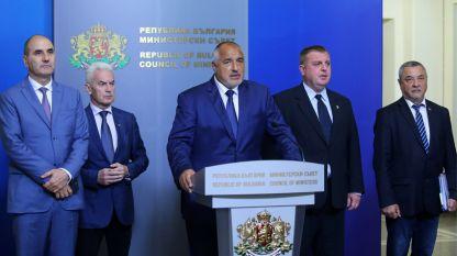 Съветът на управляващата коалиция обсъжда осигуряването на кворума в НС.