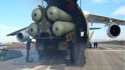 Турция очаква доставките на първата батарея руски ракети С-400 да започнат в началото на юли.