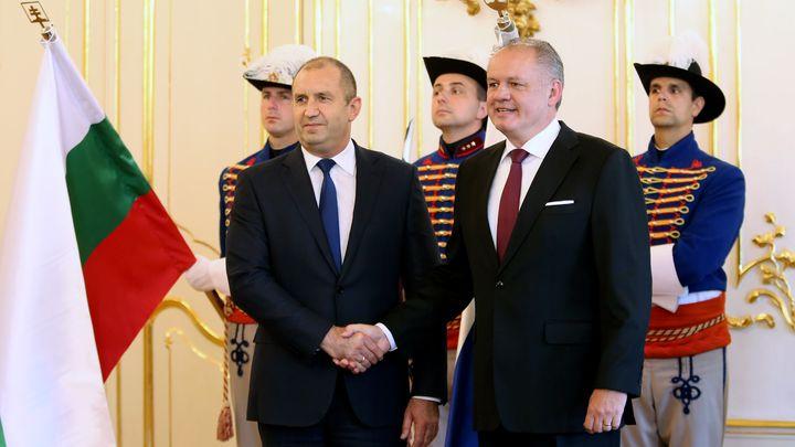 Българските президент Румен Радев на срещата си в Братислава със словашкия си колега Андрей Киска