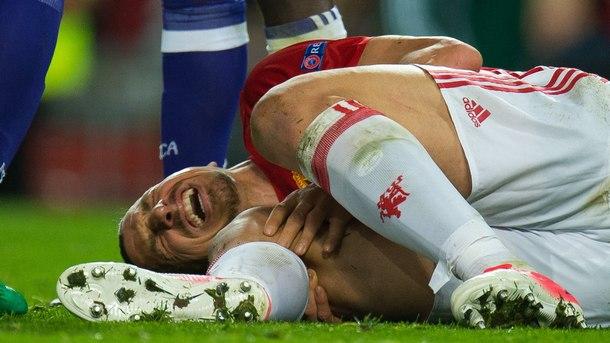 """Златан Ибрахимович се контузи на реванш срещу белгийския """"Андерлехт"""""""
