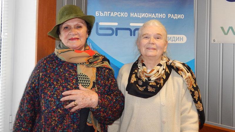 Цвета Тошева (вдясно) на раздумка с Янка Маринова