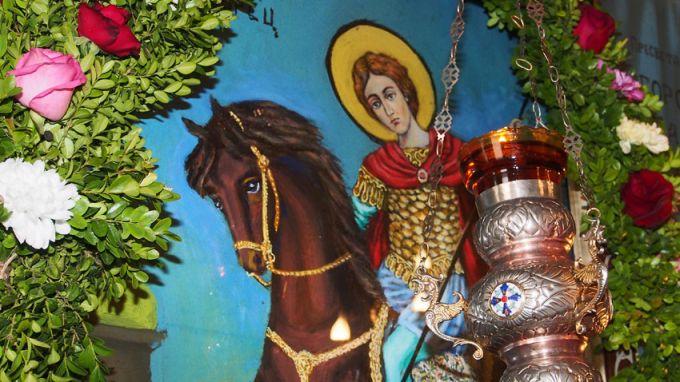 Православната църква почита днес паметта на Свети Великомъченик Димитър Солунски.