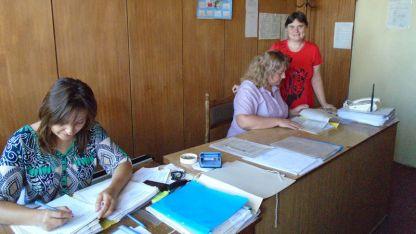 Социалните  работници в Ново село са без летни отпуски, за да обработят молбите за отопление.