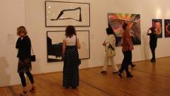 Творби на съвременно изкуство посрещнаха международното жури в Софийска градска художествена галерия.