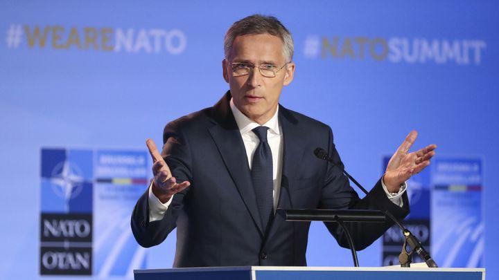 Генералният секретар на НАТО Йенс Столтенберг говори след края на първия ден от двудневната среща на върха на НАТО в Брюксел.