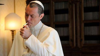 актьорът Джъд Лоу в ролята на младия папа в сериала на  Паоло Сорентино