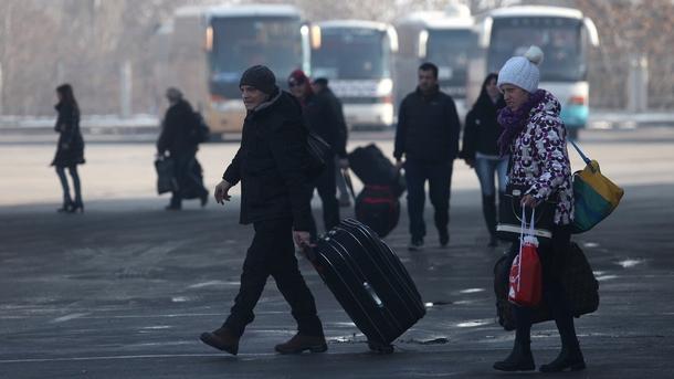 Пристигащи и заминаващи на Централната автогара в столица след Новогодишни празници