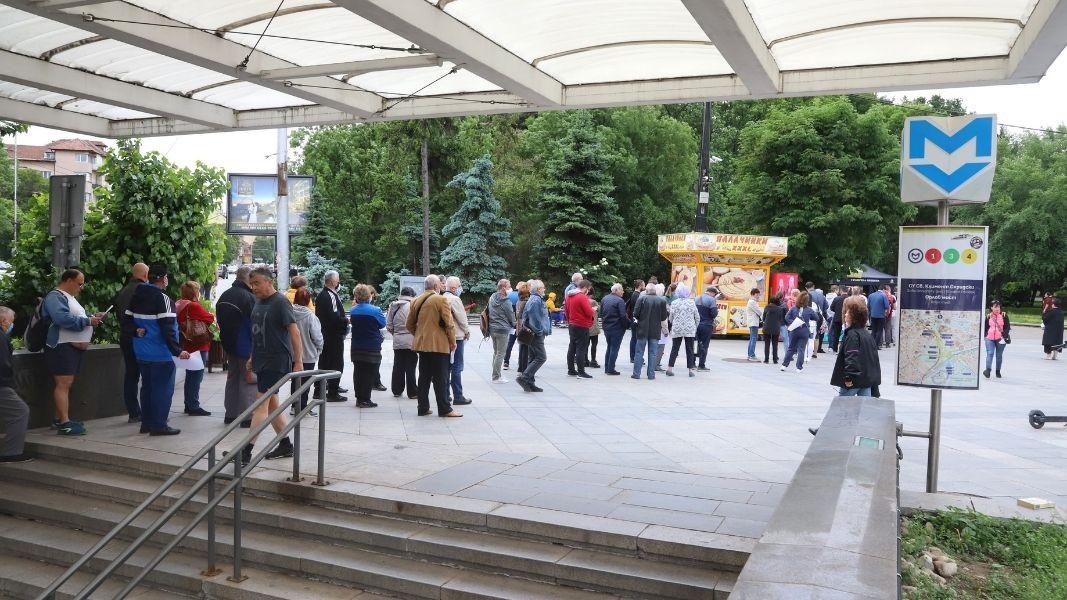 София зелени коридори за ваксиниране срещу COVID-19 на открито