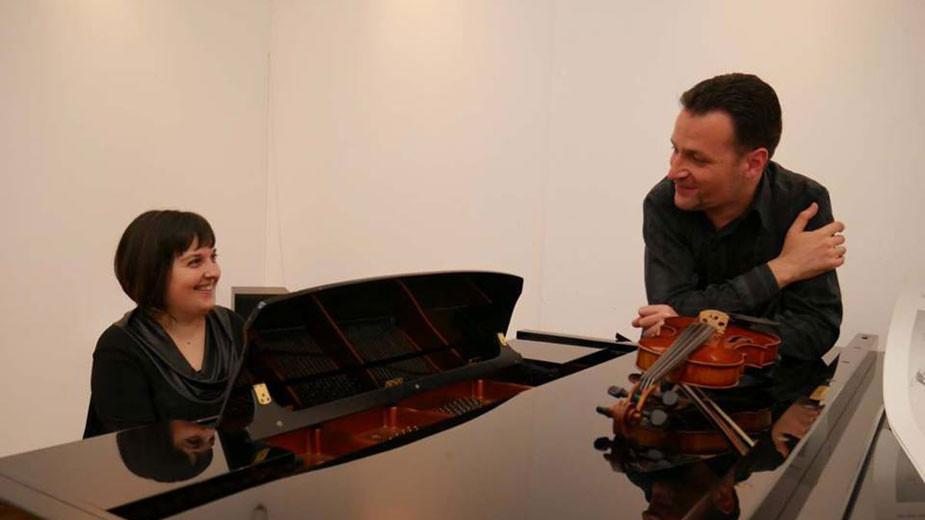 Art Chamber Duo Polyconcerto - пианистката Александра Иванова и цигуларят Иван Кръстев