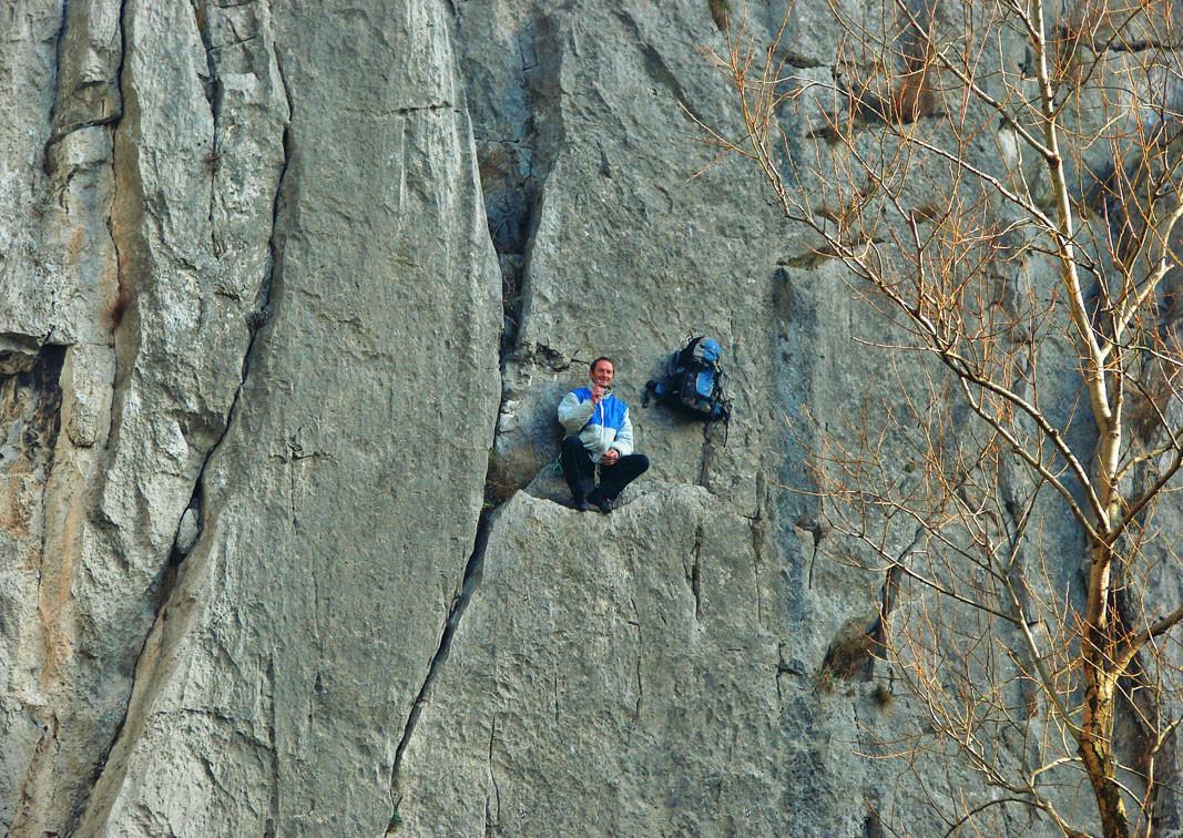 Vratsa Balkanı'nda kaya turmanışı.