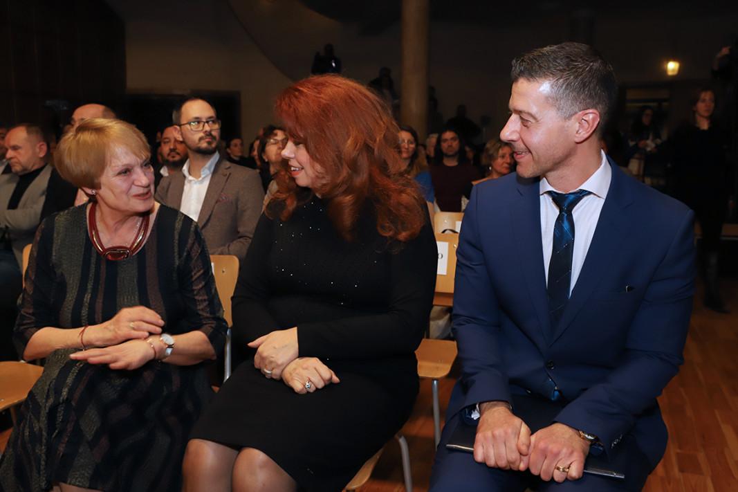 Райна Константинова, Илияна Йотова, Андон Балтаков