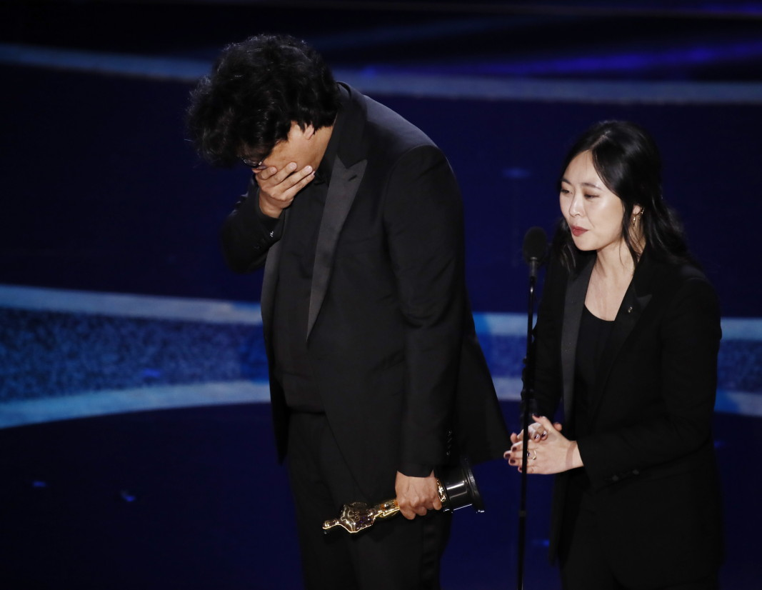 Режисьорът Пон Джун Хо си тръгва с най-престижните статуетки