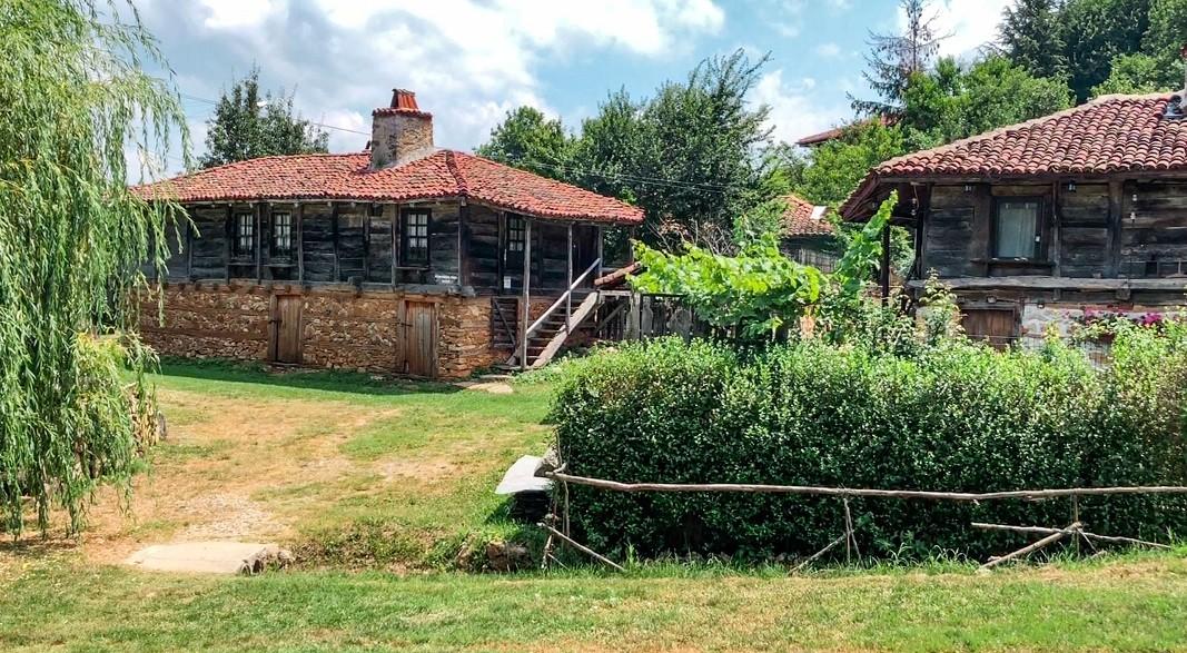Етнографската къща-музей в село Бръшлян