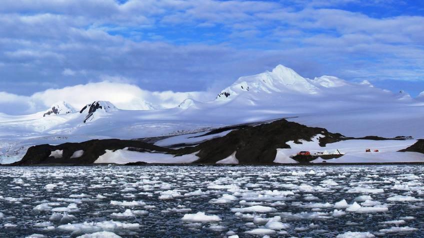 Антарктида             Снимка: БГНЕС