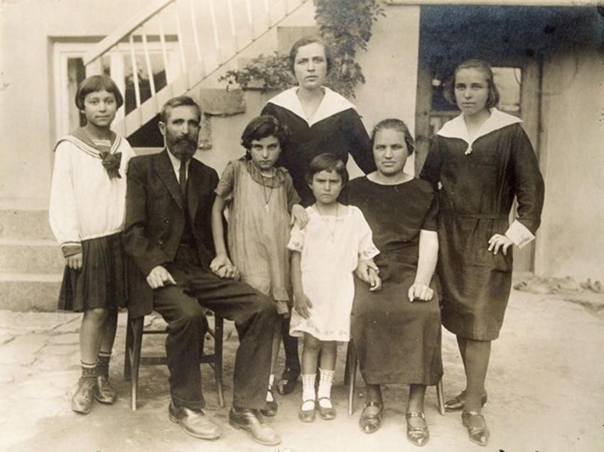 La familia de Donka Paprikova
