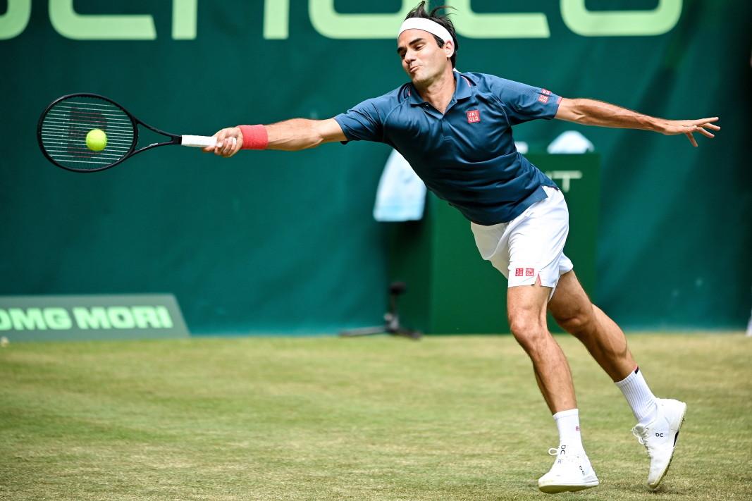 Федерер направи твърде много грешки и отпадна.