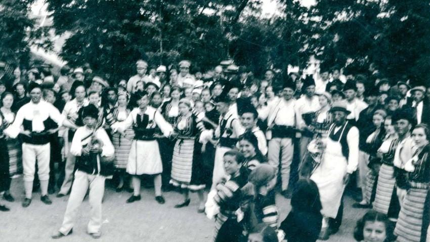Fiesta de Spasovden cerca del monasterio Ascensión del Señor en Radomir. 1936