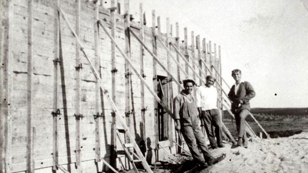 Fshati gjatë viteve të para – ndërtimi i Shtëpisë së Kulturës