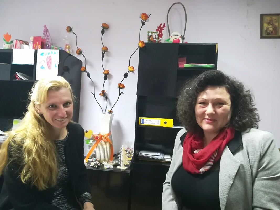 Директорът Светлана Петкова и психологът Лозина Николова,  ДГ