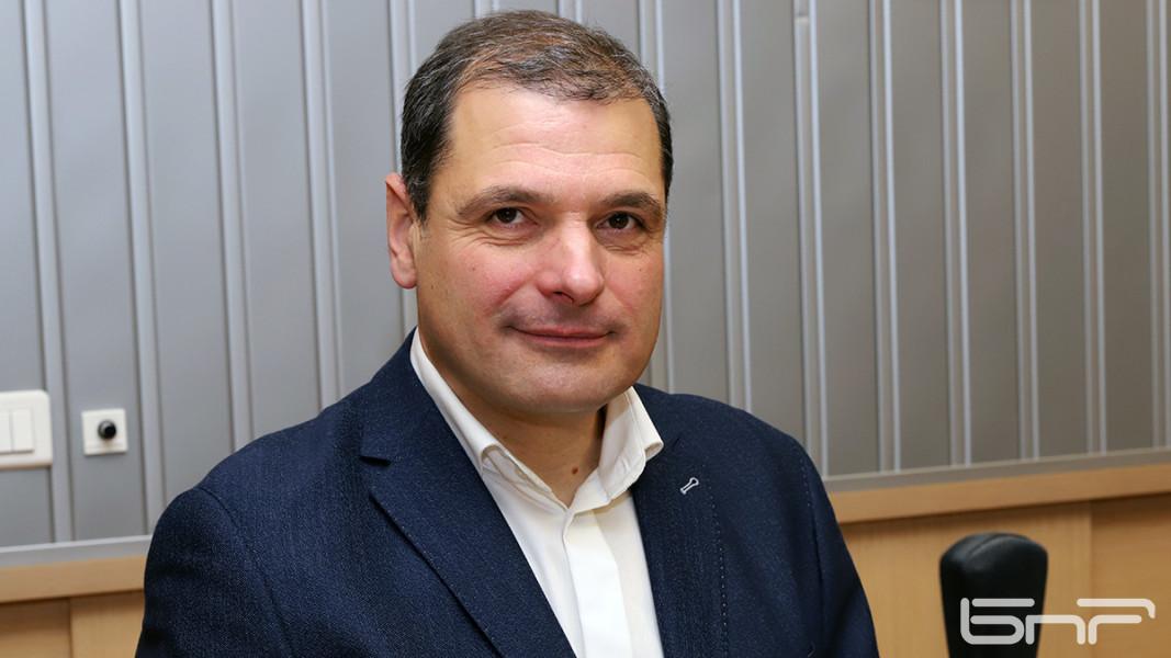 Иво Инджов