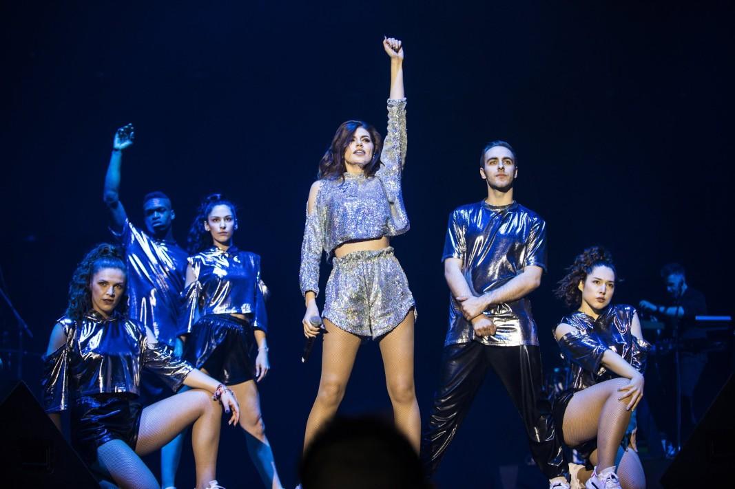 Михаела и нейните танцьори