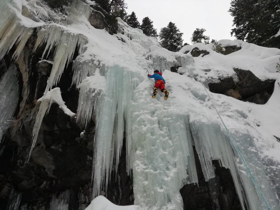 Ледено катерене - част от подготовката