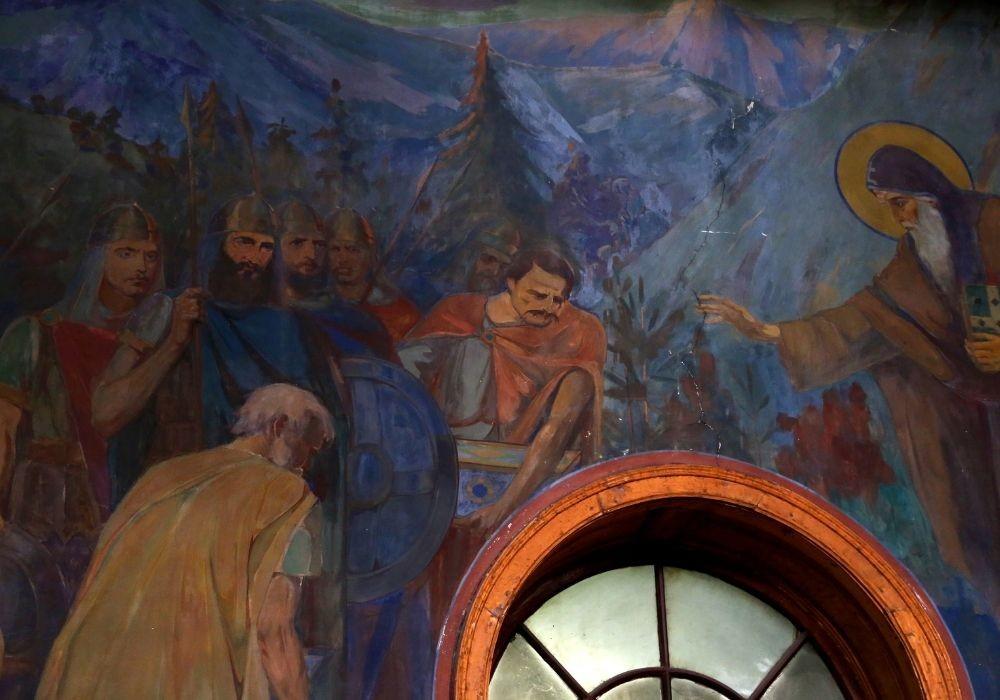 Frescoes, depicting Bulgarian National heroes