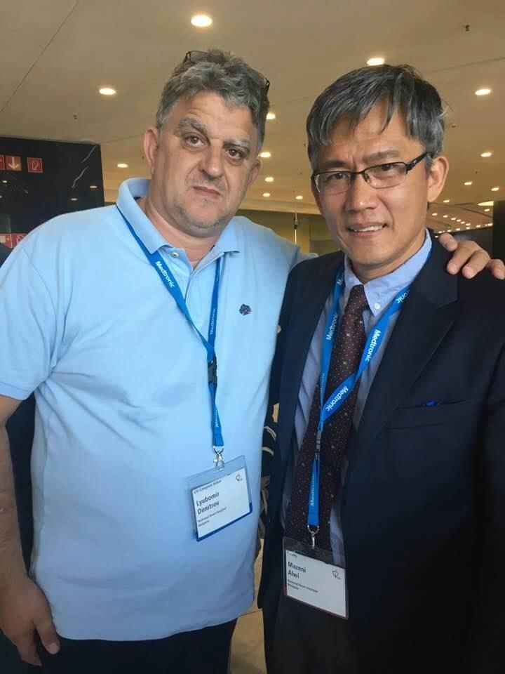 Д-р Любомир Димитров/вляво/ и д-р Мазени Алуи от Малайзия