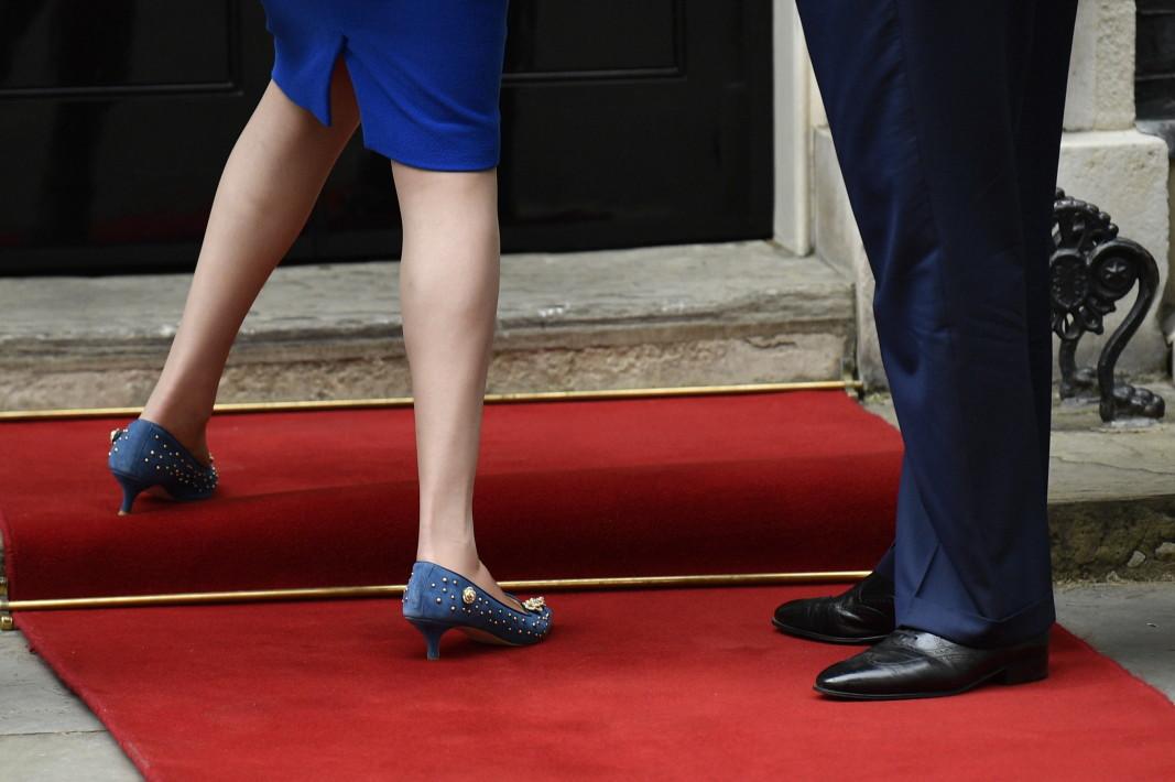 Обувките на Тереза Мей и Доналд Тръмп - 4 април 2019 г., Лондон