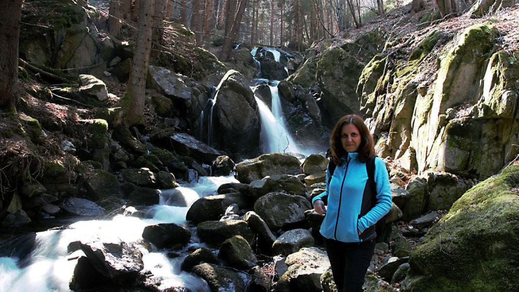 Елена Иванова на Бистришкия водопад във Витоша     Снимка: личен архив