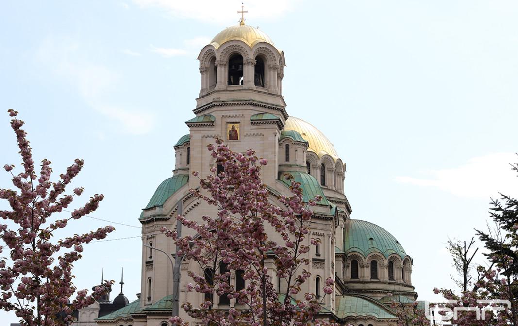 """Храм-паметник  """"Свети Александър Невски"""""""