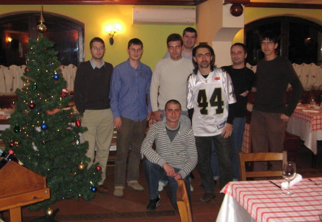 Димитър Дафовски (номер 44) с хора от инициативата