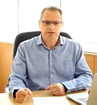Проф. Петър Петров