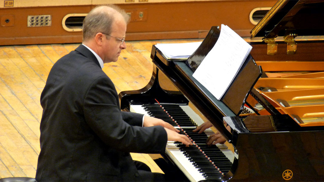 Mario Angelov: Piano Music is prelude to upcoming concert of