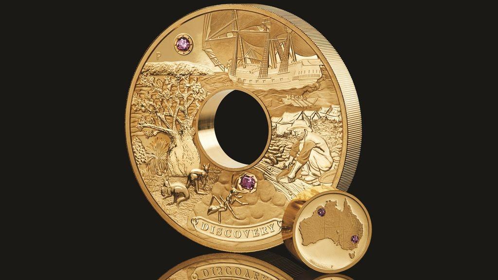 Австралия изсече златна монета, инкрустирана с редки розови диаманти, на